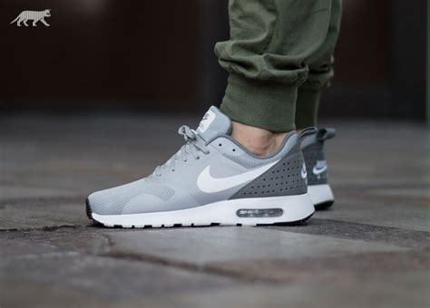 imagenes nike tavas nike air max tavas wolf grey white cool grey white