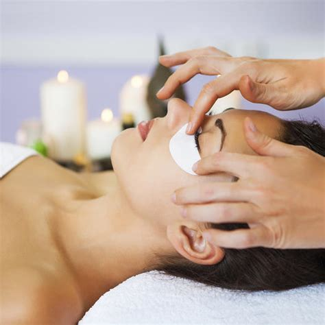 Spa Treatments, Facial, and Peels to Do Before Wedding and