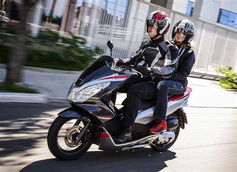 Moto Pcx 2018 Fotos by Honda Pcx Sport Chega Ao Mercado Por R 11 Mil