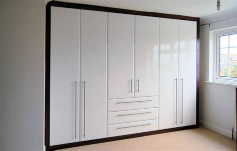 Fitted In Wardrobes by Bedroom Styles Woodpecker Fitted Wardrobes