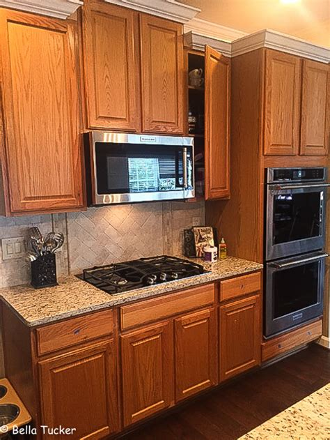 oak cabinets you don t to live with the grain