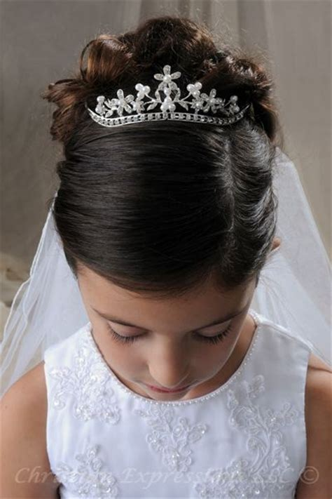 girls hairstyles for first holy communion 25 best ideas about first communion hair on pinterest