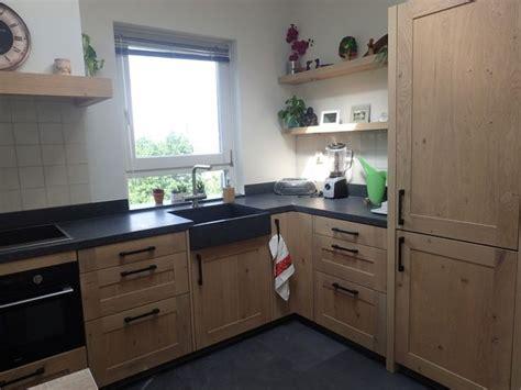 houten keuken met zwart blad 25 beste idee 235 n over granieten keuken op pinterest