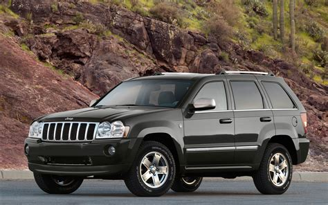 Jeep Grand Front 2010 Jeep Grand Front Three Quarters Car
