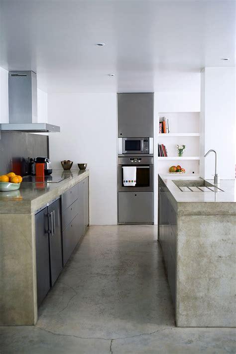 beton cuisine dans la cuisine b 233 ton cir 233 sur carrelage est ce