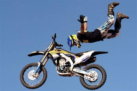 freestyle motocross rs les freestylers arrivent en orient mx circuit fr