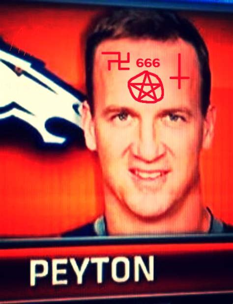 Peyton Manning Forehead Meme - peyton manning s 16th td tied nfl record for most tds to