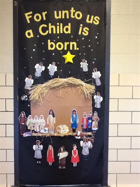 religious christmas door ideas classroom door religious ideas classroom door door