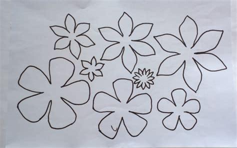 fiori di feltro schemi fiori di feltro 10 facili tutorial senza cucire manifantasia
