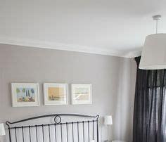 dulux paint chalk blush 2 grey walls on