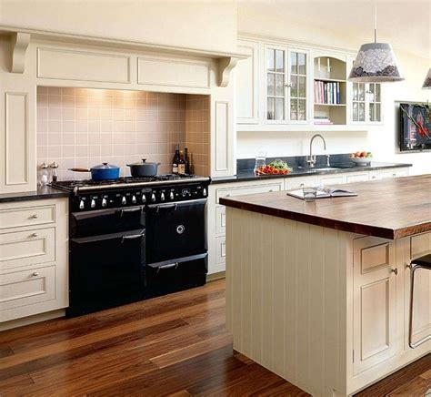 victorian style kitchens 17 best images about ideas for the house on pinterest