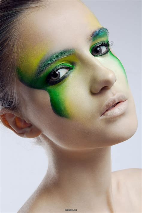green smokey  shimmery eye makeup xcitefunnet