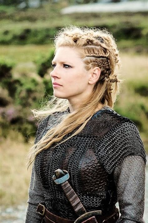 braids of lagertha lagertha katheryn winnick vikings blonde hair and