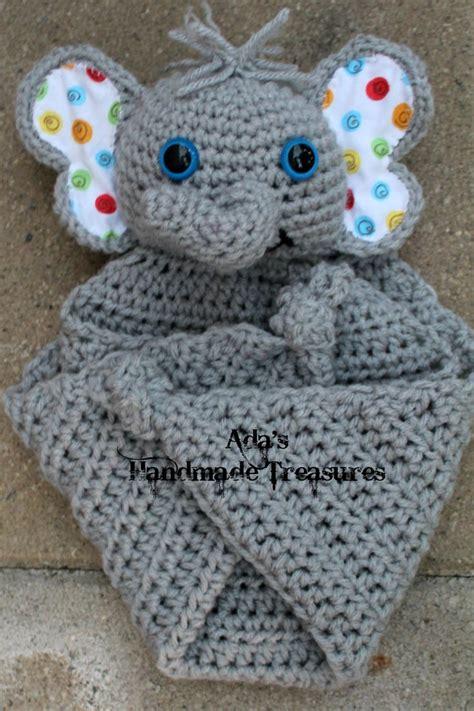 Elephant Cuddle Rug crochet cuddle blanket elephant acrylics the and