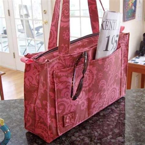 pattern tote bag with zipper reversible or zippered tote sewing pattern love to sew