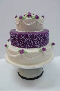 How Decorate Cake At Home Decorating Wedding Cakes The Wedding Specialiststhe Wedding Specialists