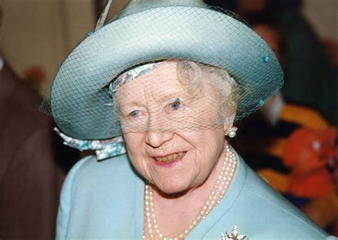 queen mother the queen mother at windsor beautiful england photos
