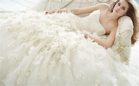 20 Ball Gown Wedding Dresses   Wedding Gowns & Big Hips