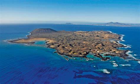 la isla de los los visitantes a la isla de lobos pagar 225 n una ecotasa de dos euros