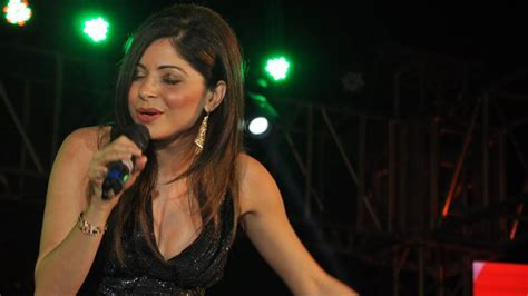 Letter Kanika letter song kanika kapoor sings with meet bros the legend of michael mishra