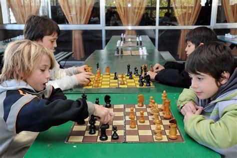 Imagenes Niños Jugando Ajedrez | image gallery jugar ajedrez