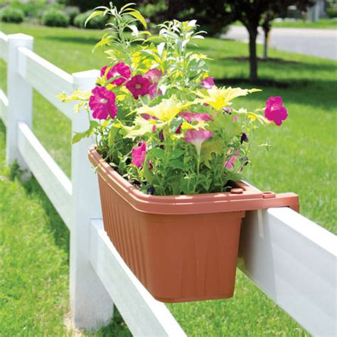 Hanging Rail Planters by Adjustable Railing Planters Railing Hanging Planters