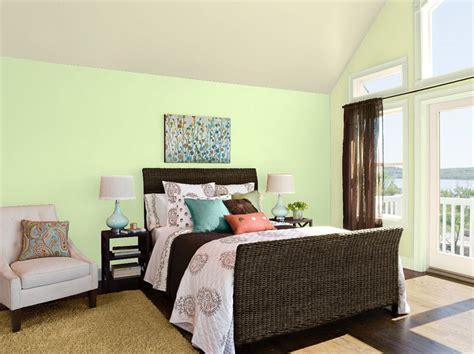how paint color affects property values