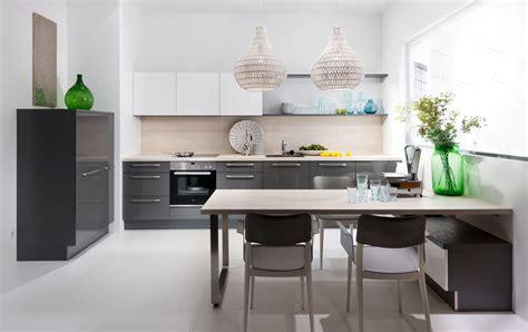 cuisine grise laqu馥 cuisine blanc laque et gris
