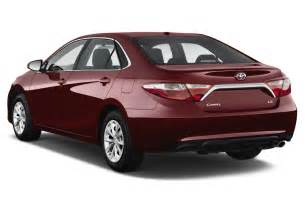 2017 toyota camry reviews and rating motor trend