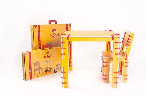 mesa con sillas infantiles mesas sillas y escritorios para ni 241 os ideas y fotos