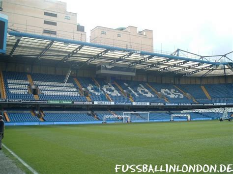 Chelsea Shed End by Stamford Bridge Stadion Chelsea Fc