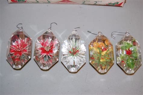 vintage christmas ornaments jewelbrite plastic set of 5 in