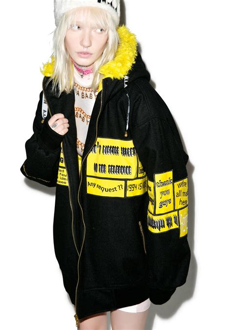 Jaket Hoodie Turn Back Crime 1 w i a patches hoodie bomber dolls kill