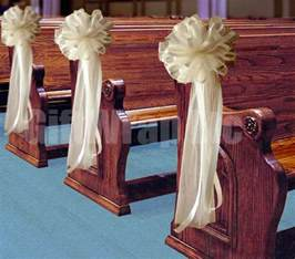 Church Pew Decorations 25 Best Ideas About Church Pew Decorations On Pinterest Wedding Pew Decorations Pew