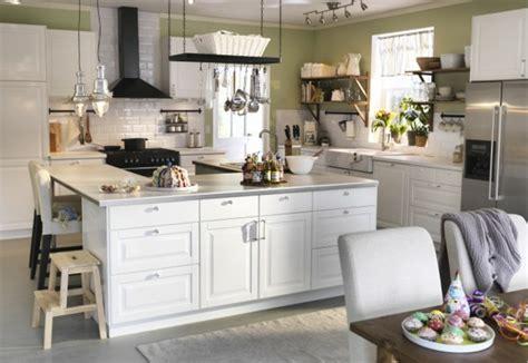 cuisine de style transitionnel avec suspendus 206 lot central cuisine ikea en 54 id 233 es diff 233 rentes et