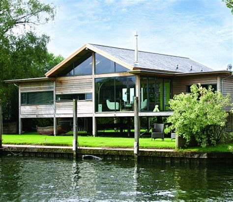 henley on stilts the spectacular flat pack riverside house