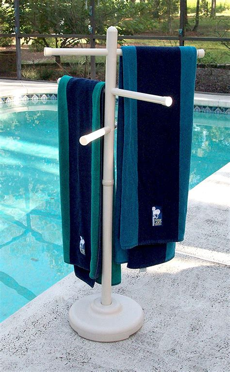 outdoor towel rack stand that will hold properly