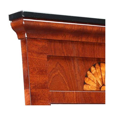 Gesims Holz by Biedermeier Spiegel Mahagoni Holz Mit Intarsie Stilwohnen De