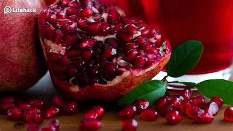 how to eat pomegranate properly