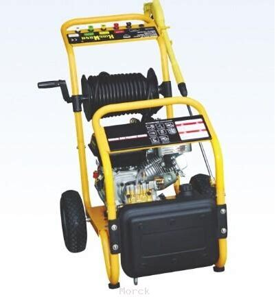 Top 5 Pressure Washers 2015 - morck cleaning top 5 applications of portable pressure