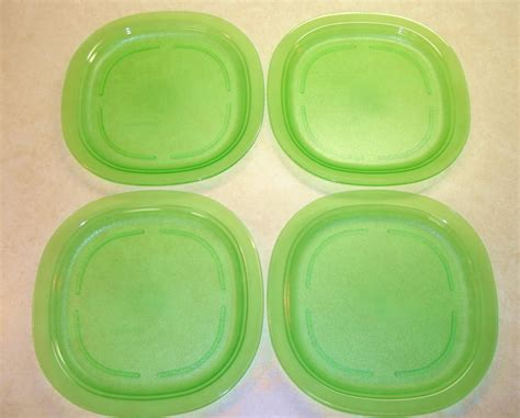Tupperware Plate tupperware impressions luncheon plates translucent green