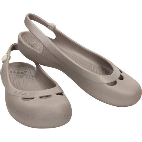 croc style shoes for crocs flat shoe platinum simple and sleek
