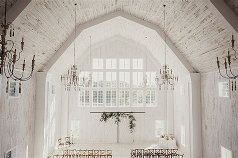 barn wedding venues around dallas tx wedding at the white sparrow barn snippet ink