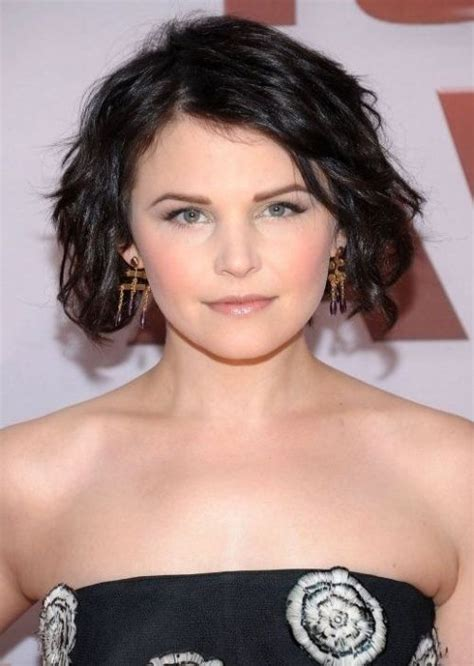 low maintenance hairstyles for round faces short wavy hair round face low maintenance