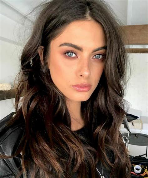 hairstyles brown hair blue eyes blue eye look credit ashleapenfold beauty pinterest