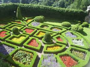gardens of the world quiz pictures include and