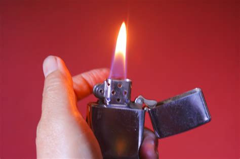 how to use flint how to use bic flints in your zippo 7 steps with pictures