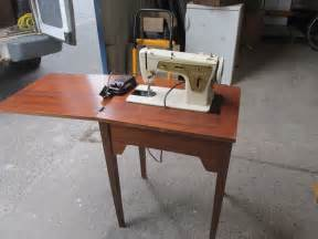 Table For Sewing Machine by Singer Sewing Machine In Table 163 20 00 Picclick Uk