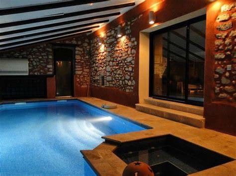 chambre d hote piscine int駻ieure cigales et cigalons ledignan frankrike omd 246 och