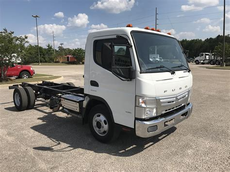 mitsubishi trucks 2014 mitsubishi fuso fe125 for sale used trucks on buysellsearch